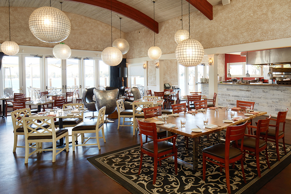 interior restaurant photo