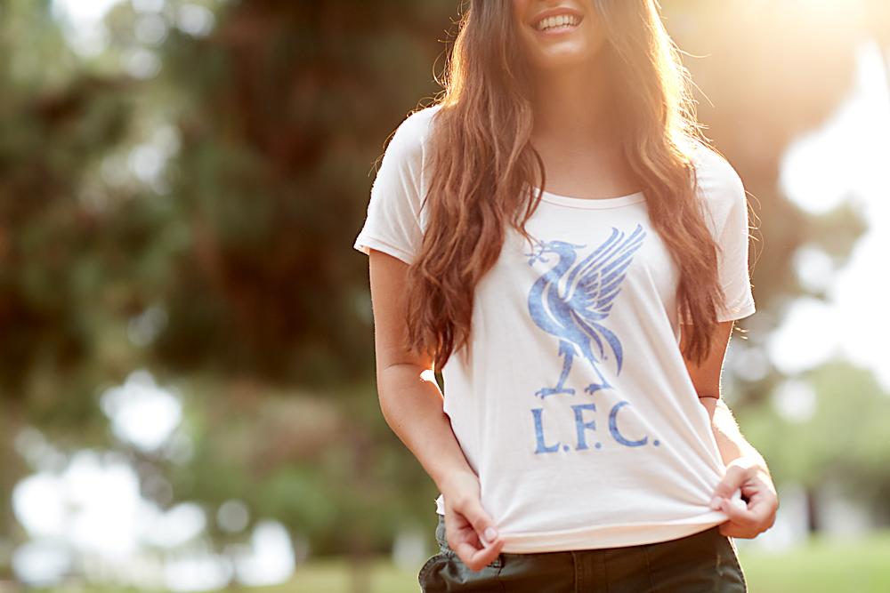 LFC tee on model